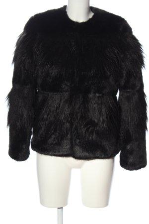 Zara Woman Pelliza negro look casual