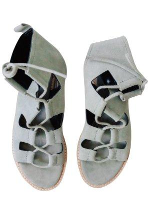Zara Woman Riemchen-Sandaletten grüngrau-braun