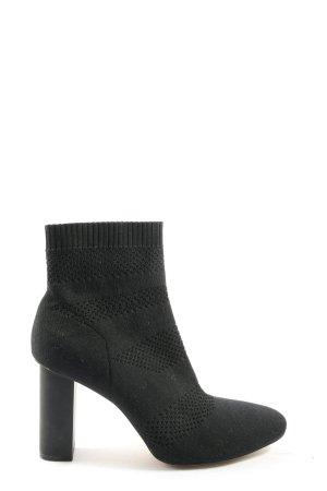 Zara Woman Schlüpf-Stiefeletten schwarz Streifenmuster Casual-Look