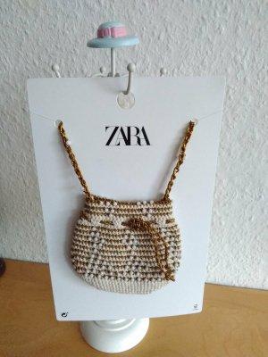 Zara wunderschöne Minitasche mit Schmuckperlen und metallisierten Fasern, neu
