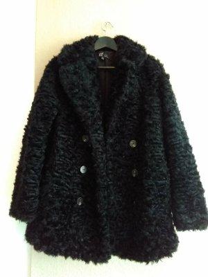 Zara wunderschöner Mantel aus künstlichem Fell in schwarz, Grösse M