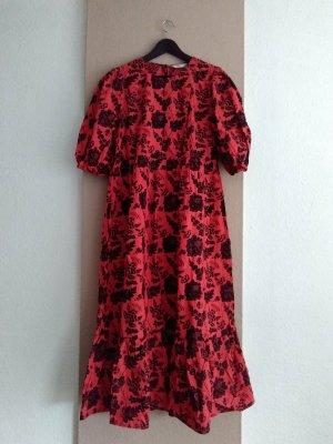 Zara wunderschönes langes Kleid mit Paillettenbesatz in Blumenform, Grösse M, neu