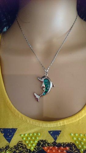 Zarte Halskette mit Delfin