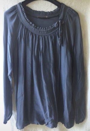 Zarte wunderschöne Bluse