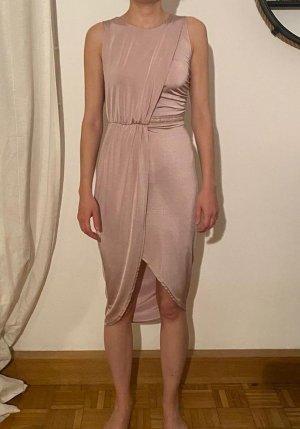 zartes elegantes Kleid