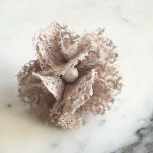 zauberhafter Blumenring aus beiger Spitze, Boho, Elfe