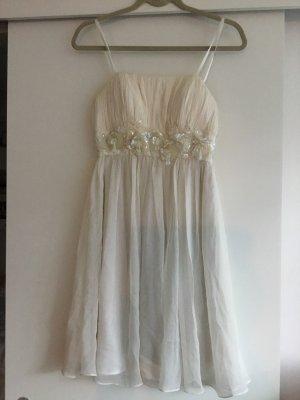 Vestido strapless blanco puro