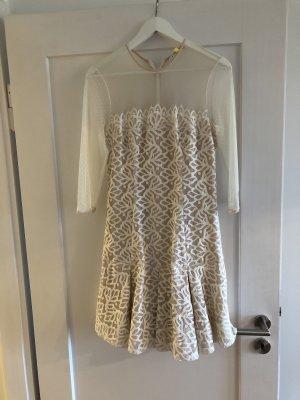 Zauberhaftes weißes Sandro Kleid