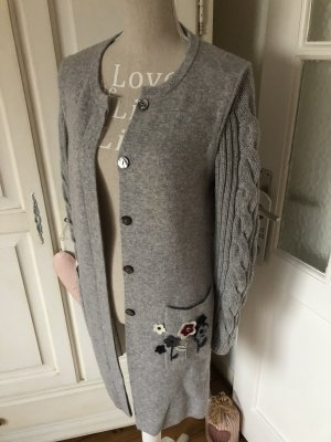 Zaubermasche By Nice Conection Strickjacke mit Applikationen 500€