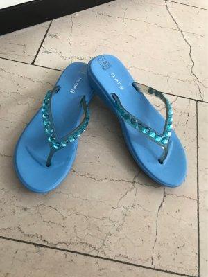 Zehen Sandaletten neu in Himmelblau