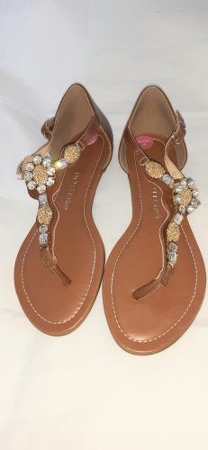 Sandalo toe-post cognac