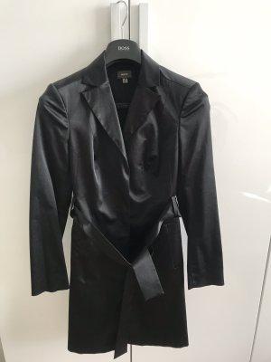 Zeitlos elegantes Kleid im Mantel/Blazer-Schnitt