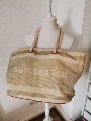 Zeitlose Strandtasche