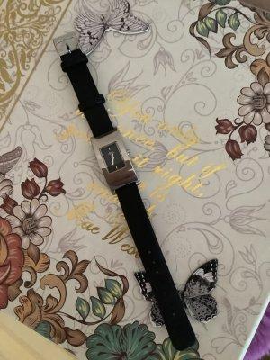 Zeitlose Uhr von S.Oliver