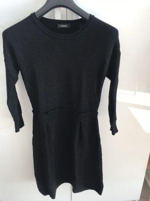 Zeitloses Max&Co Kleid