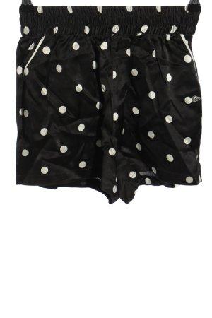 Zendaya x Tommy Hilfiger Pantalón corto negro-blanco look casual