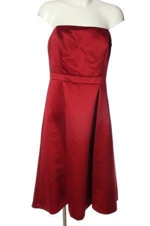 Zero Robe épaules nues rouge élégant