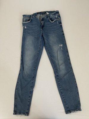 Zara Trafaluc Jeans a sigaretta blu acciaio-blu scuro