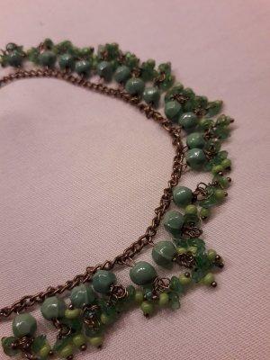 Zierliches Perlenarband