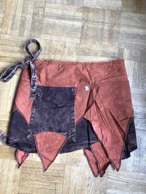Falda cruzada bermejo-negro