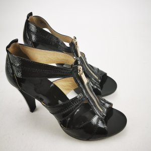 Zipp-Sandalen von Michael Kors