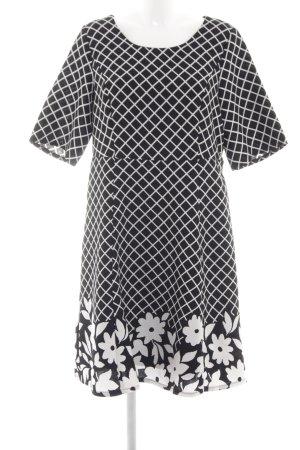 Zizzi A-Linien Kleid schwarz-weiß Blumenmuster Business-Look
