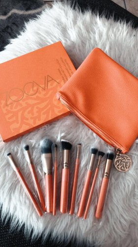 Zoeva Make-up Kit salmon-gold-colored