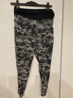 Zumba Hose Camouflage