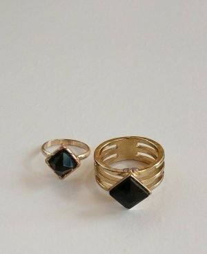 Zdobiony pierścionek czarny-złoto