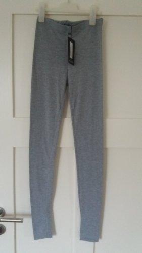 PrettyLittleThing Leggings negro-gris