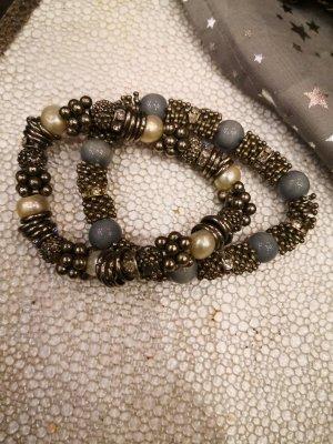 Bracelet en perles crème-turquoise