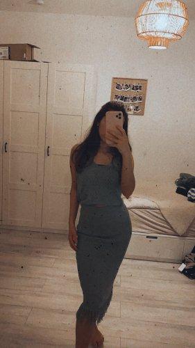 Sukienka z frędzlami khaki