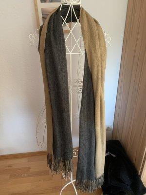 Zweifarbiger Schal von ZARA