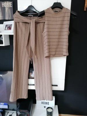 Zweiteile Set von Zara, Weite Hose und Oberteil, Größe M