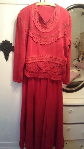 0039 Italy Robe longue rouge carmin