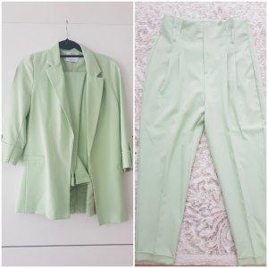 Bershka Klassischer Blazer sage green-mint
