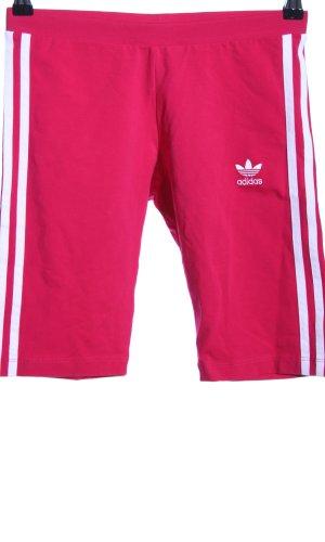 Adidas Sportshorts pink-weiß Streifenmuster sportlicher Stil