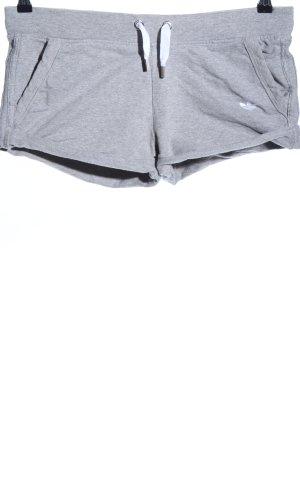 Adidas Sportshorts hellgrau meliert Casual-Look