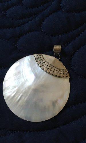 Colgante blanco-color plata