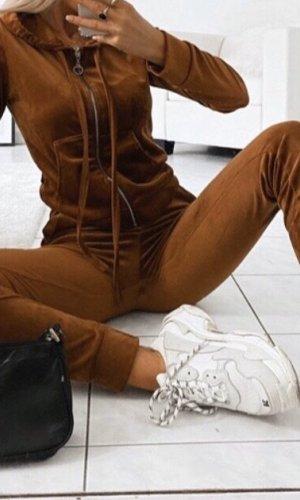 Boohoo Chándal marrón