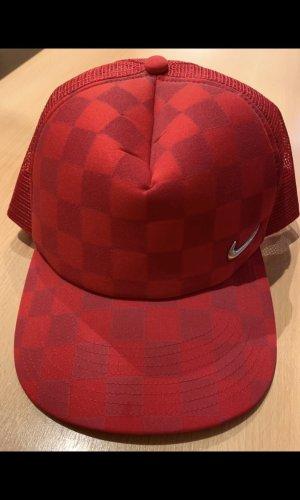 Nike Casquette plate rouge-argenté