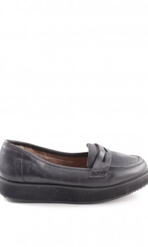 Deena & Ozzy Moccasins black classic style