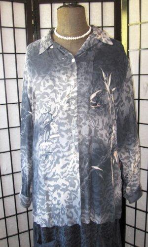 Hochwertige Hemdbluse mit echten Perlmutter Knöpfen Viskose Georgette