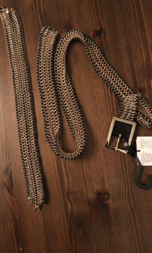 Mango Cinturón de cadena negro-color oro