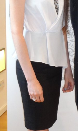 Kleid mit Strassborte, 34, V Ausschnitt