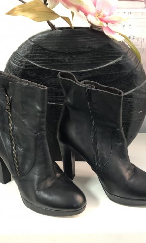 Liebeskind Zipper Booties black