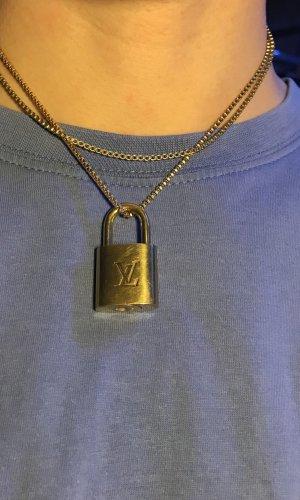Louis Vuitton Colgante color oro