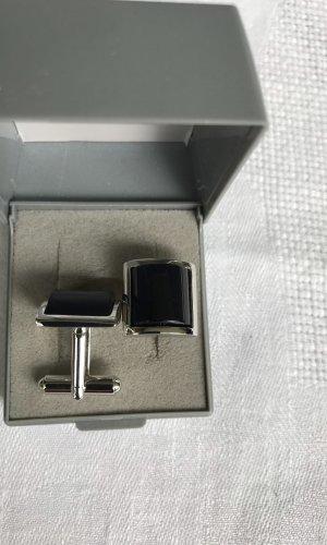 Botón color plata-negro metal