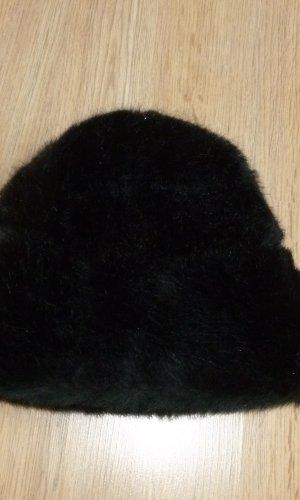 Chapeau en fourrure noir