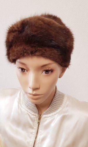 Chapeau en fourrure gris brun